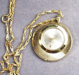 Vintage Lucerna Watch Pendant Necklace - Click Image to Close
