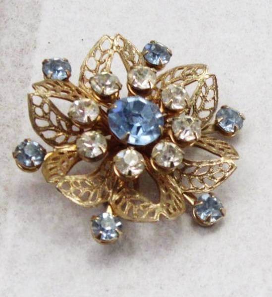 Lacy Filigree Pastel Blue and Clear Rhinestone Vintage Brooch