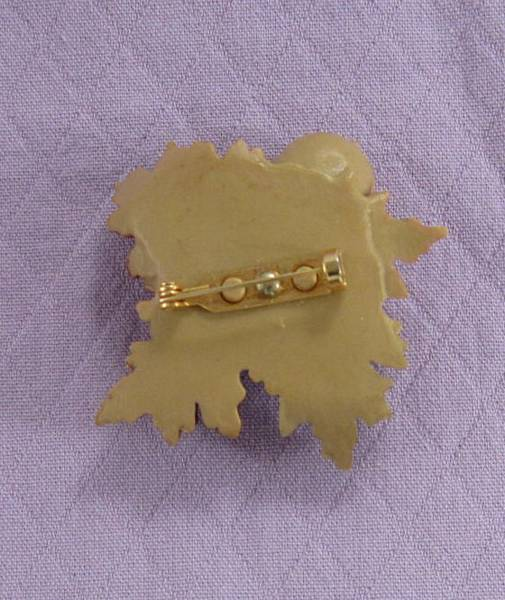 Vintage Hallmark Acorns and Leaves Autumn Pin Brooch