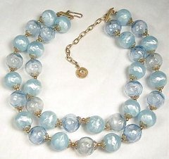 Vintage Lisner Bubble Bead Necklace in Pastel Blue