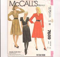 Early 1980's McCall's 7689 Double Breasted Dress Pattern B42