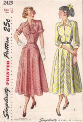 Softly Flared 1940's Simplicity 2429 Dress Pattern Bust 30