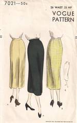 1950's New Look Era Back Pleat Slim Skirt Vogue Pattern 7021 W26