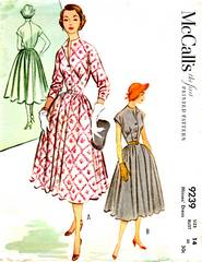 50's McCall's 9239 Front Inset Detailed Bodice Dress Pattern B32