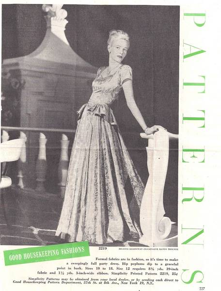 1940's Simplicity 2219 Swallow Tail Peplum Gown Pattern B32