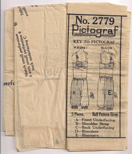 1920's Pictorial Review Brassiere and Bloomers Pattern 2779