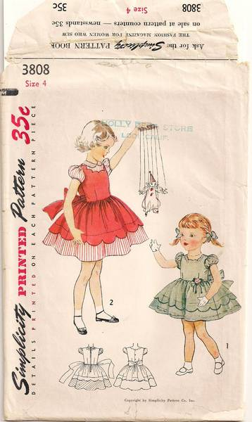 1950's Scallop Detail Toddlers Dress Pattern Size 4
